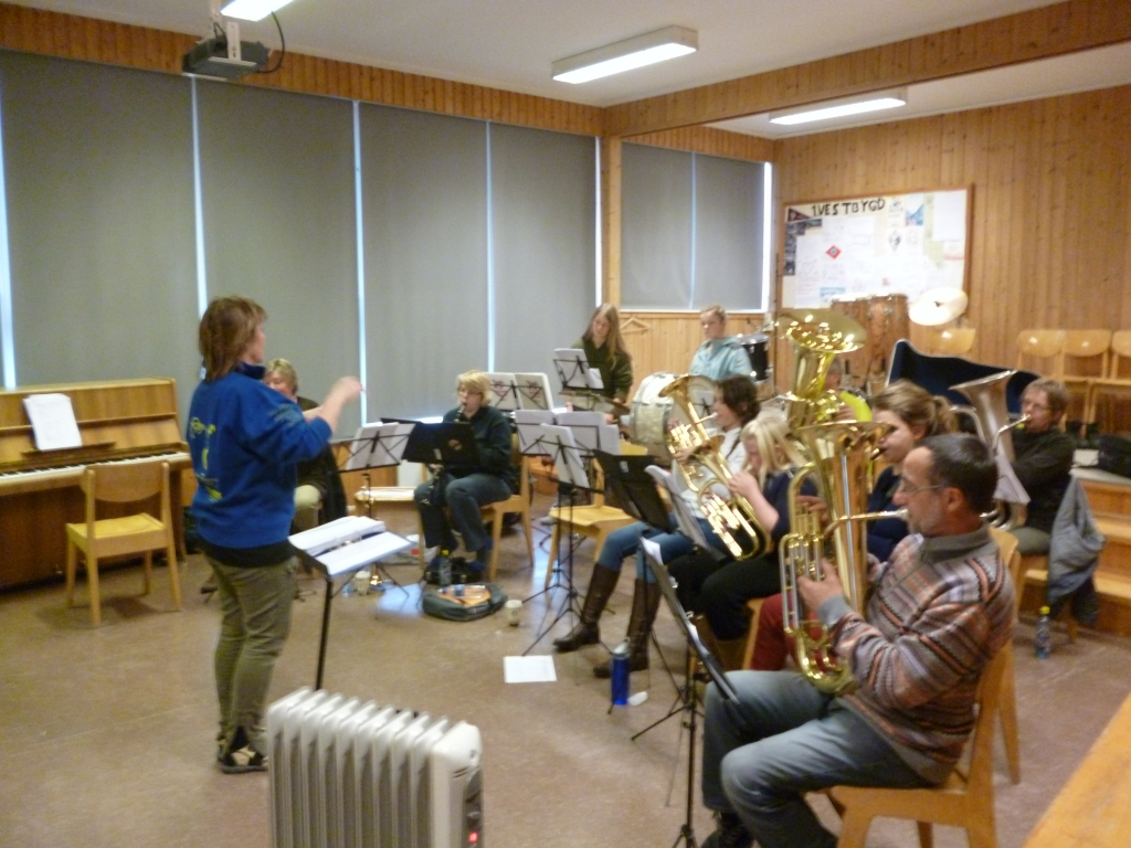 Rehearsal at Vestbygd School
